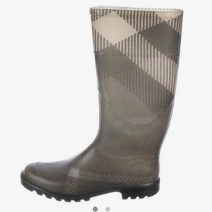 Burberry Nova Check Rainboot